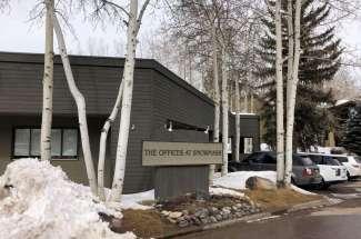 25 Lower Woodbridge: Snowmass Office Condos