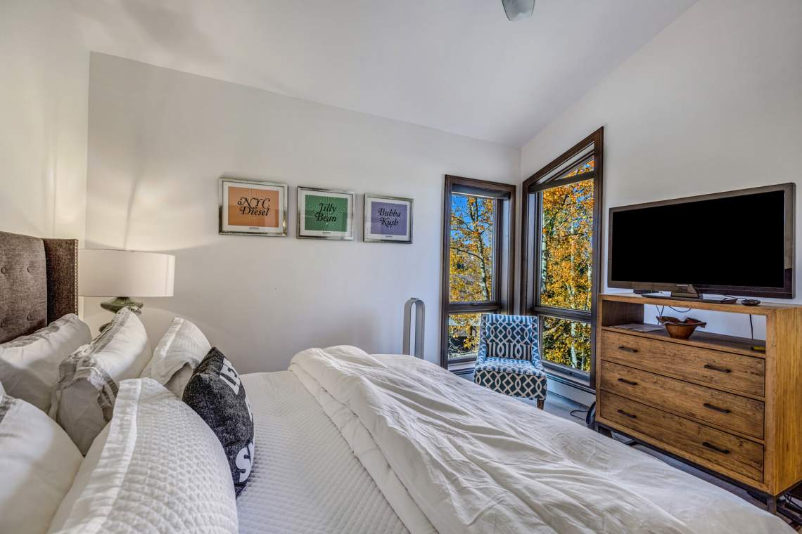18_590_Wood_Road_Snowmass_Village018_mls