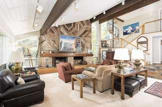 Great Woodrun Ski Home